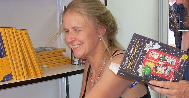 Na fotografiji je prikazan književnica, dečiji pisac: Kornelija Funke