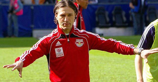 Na fotografiji je prikazan fudbaler, fudbalski trener: Niko Kovač