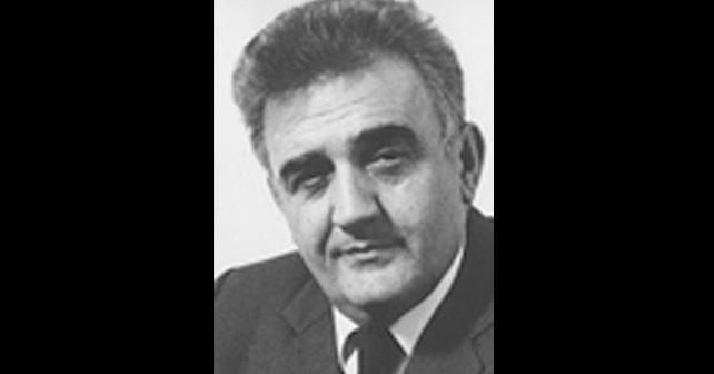 Na fotografiji je prikazan književnik, scenarist: Antonije Isaković