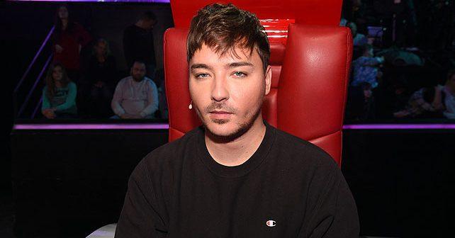 Na fotografiji je prikazan pevač: Milan Stanković