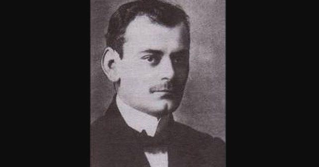 Na fotografiji je prikazan književnik: Sima Pandurović