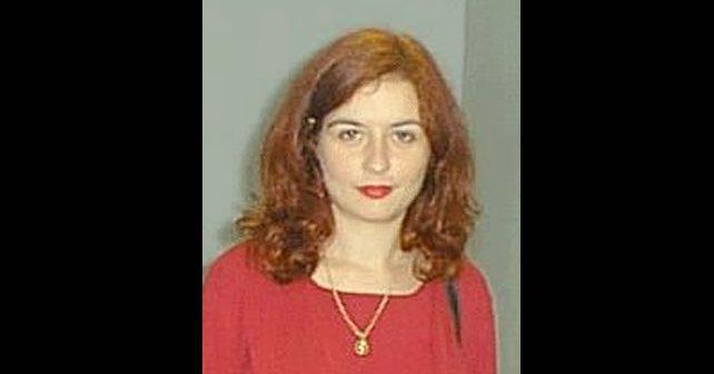 Na fotografiji je prikazan Šahist, profesor ekonomije: Alisa Marić