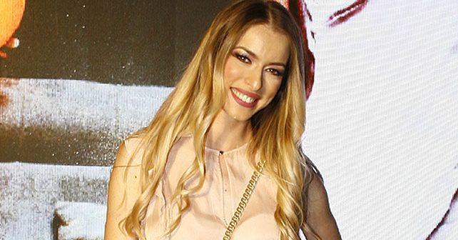 Na fotografiji je prikazan voditeljka, novinarka: Danijela Buzurović