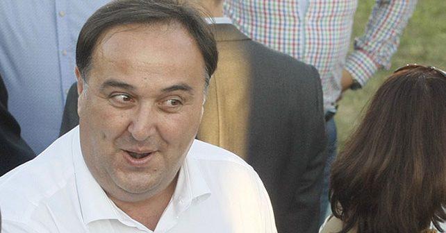 Na fotografiji je prikazan političar, mašinski inženjer: Zoran Babić
