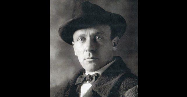 Na fotografiji je prikazan književnik: Mihail Afanasjevič Bulgakov