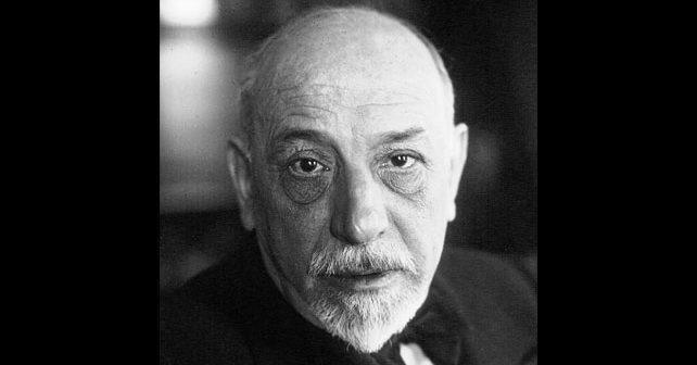 Na fotografiji je prikazan književnik: Luiđi Pirandelo (Luigi Pirandello)