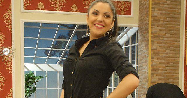 Na fotografiji je prikazan pevačica: Nadica Ademov