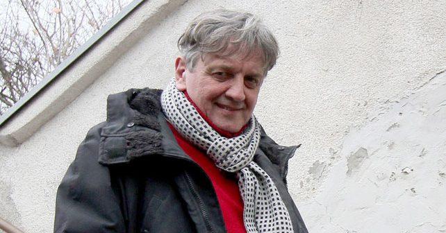 Na fotografiji je prikazan glumac: Radoš Bajić