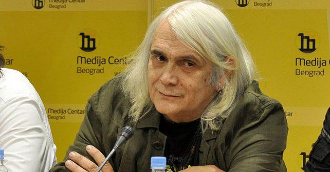 Na fotografiji je prikazan pevač, muzičar, književnik: Bora Đorđević (Bora Čorba)