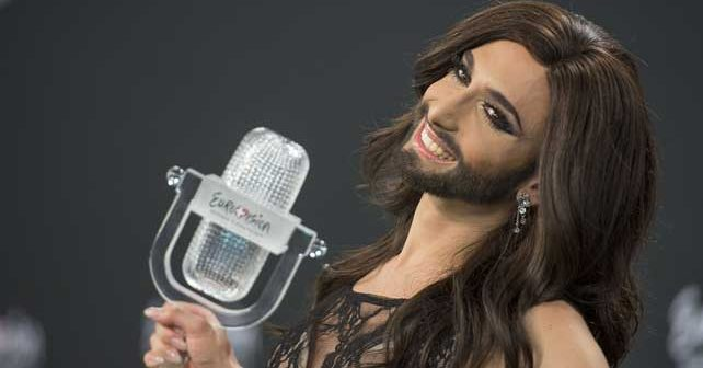 Na fotografiji je prikazan pevač / pevačica: Končita Vurst (Conchita Wurst)