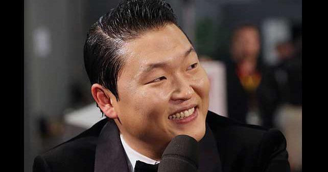 Na fotografiji je prikazan pevač: Psy