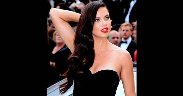 Na fotografiji je prikazan model, manekenka: Adriana Lima