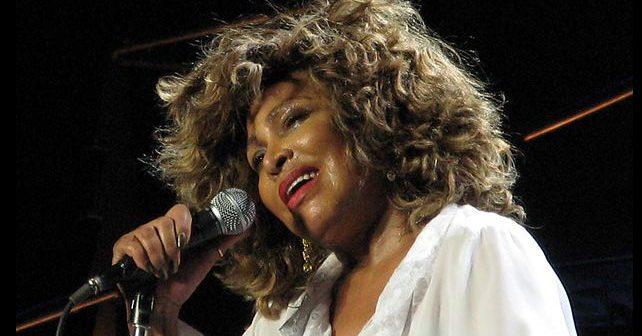 Na fotografiji je prikazan pevačica, glumica: Tina Turner (Tina Tarner)