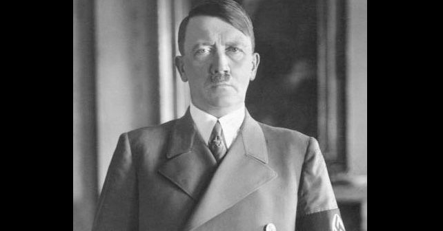 Na fotografiji je prikazan političar, diktator: Adolf Hitler