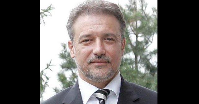 Na fotografiji je prikazan političar, inženjer elektrotehnike: Branko Crvenkovski