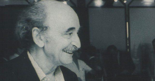 Na fotografiji je prikazan slikar, kritičar, pisac, režiser: Miodrag Mića Popović