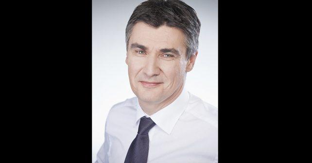 Na fotografiji je prikazan političar, pravnik: Zoran Milanović