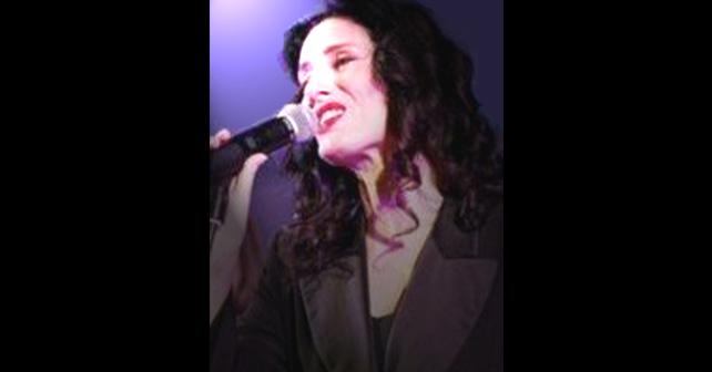Na fotografiji je prikazan pevačica: Doris Dragović