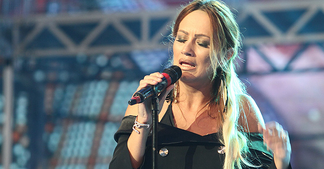 Na fotografiji je prikazan pevačica: Zlata Đurković