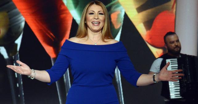 Na fotografiji je prikazan pevačica: Jelena Broćić