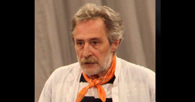 Na fotografiji je prikazan glumac, reditelj, pevač: Desimir Stanojević