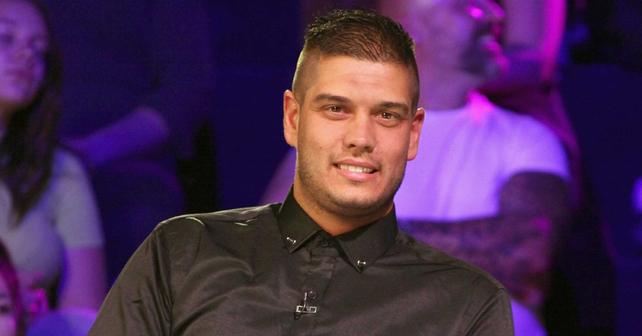 Na fotografiji je prikazan rijaliti zvezda: Dejan Dragojević