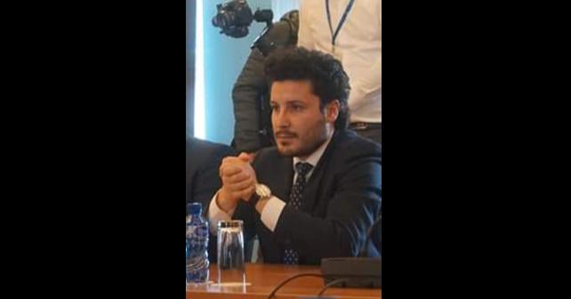 Na fotografiji je prikazan doktor političkih nauka, političar: Dritan Abazović