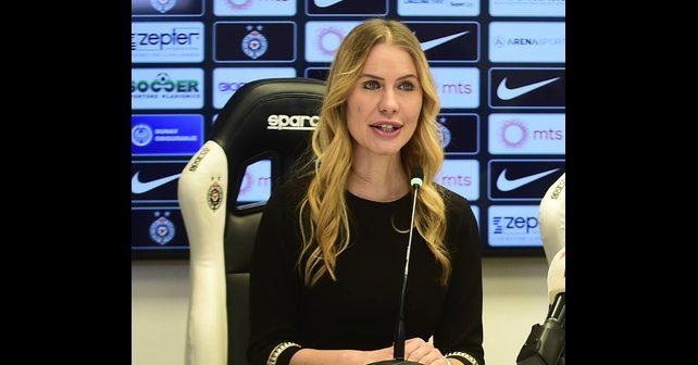 Na fotografiji je prikazan novinarka, voditeljka, manekenka: Biljana Obradović