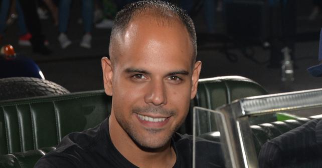 Na fotografiji je prikazan pevač, rijaliti takmičar: Mišel Gvozdenović